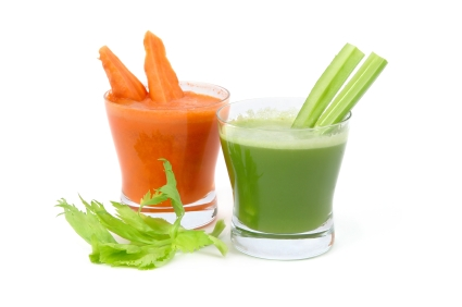 Green Smoothies vs Green Juice, the Great Debate